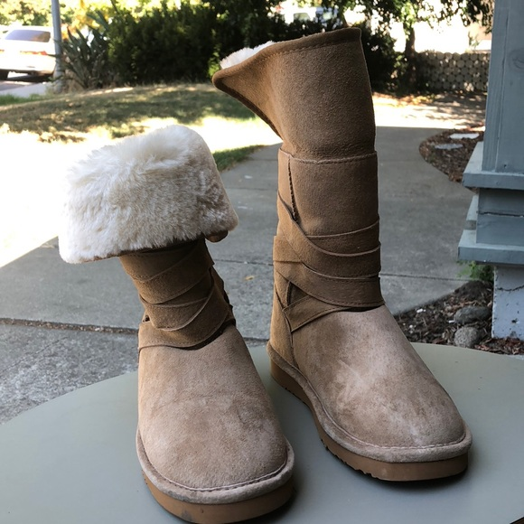 036f7e826de Lamo Sheepskin Boots
